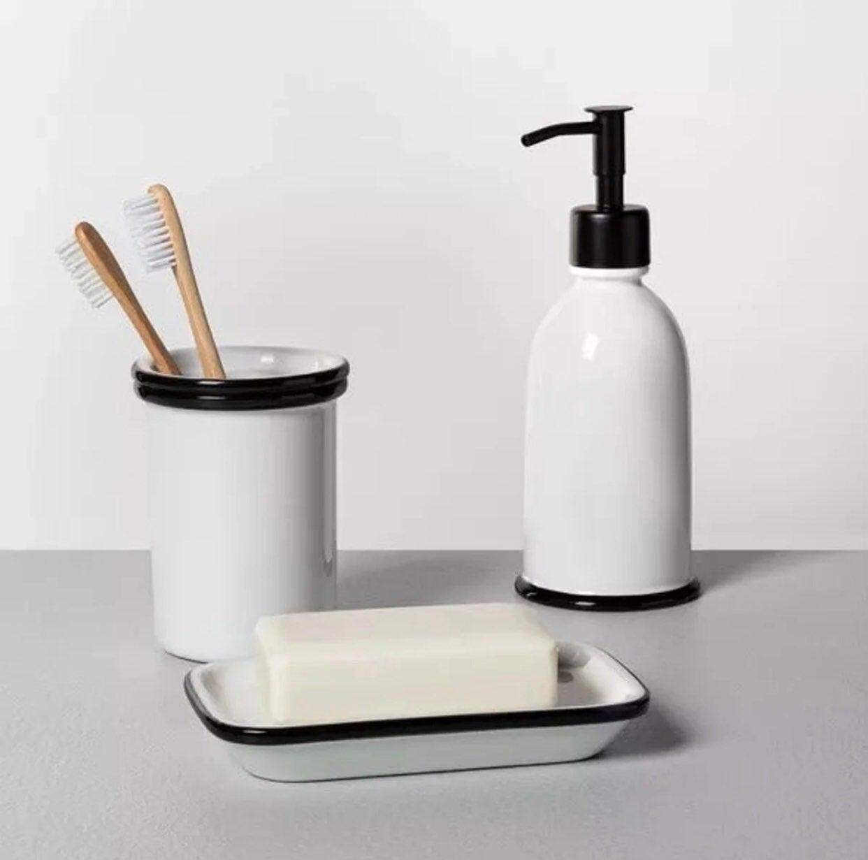 Hearth & Hand 3pc Bath Set white & black