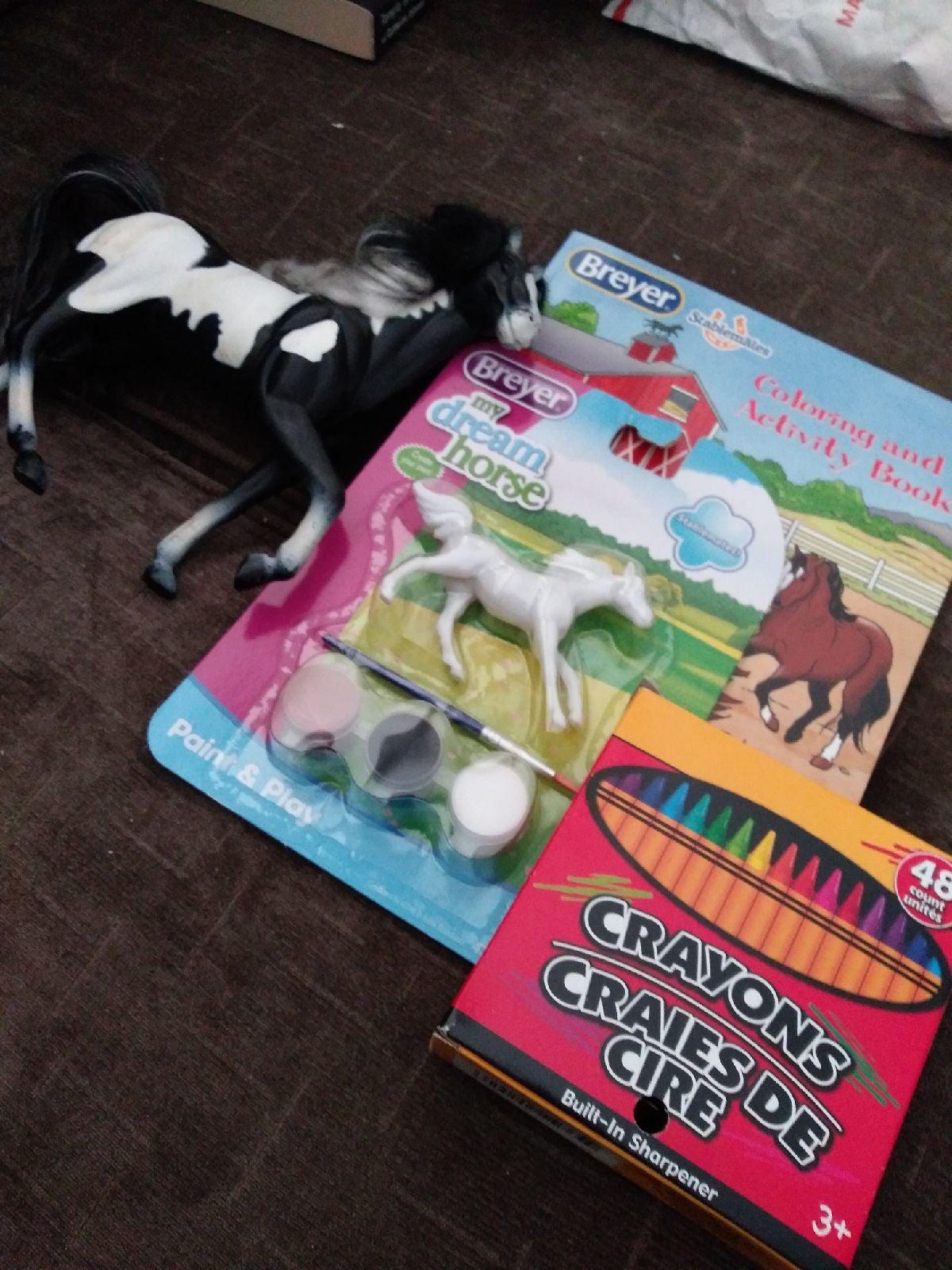 4 Pc Breyer Horse Gift Activity Play Set