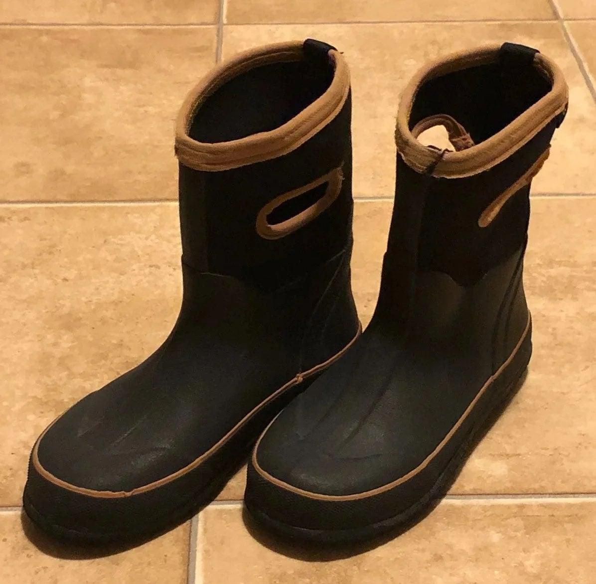 Boys waterproof/winter boots