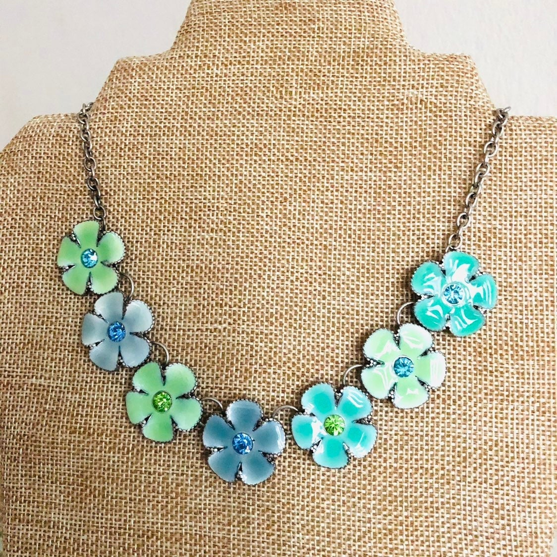 Blue floral Necklace - new