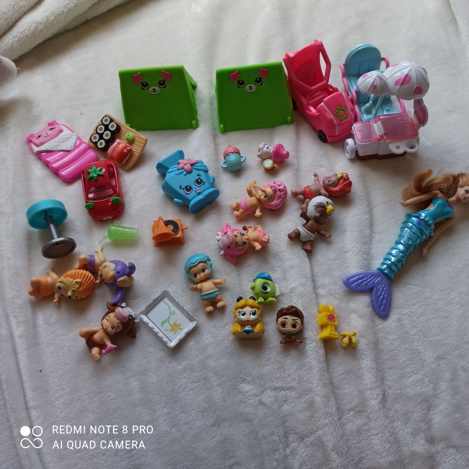 Girls tiny toy Lot