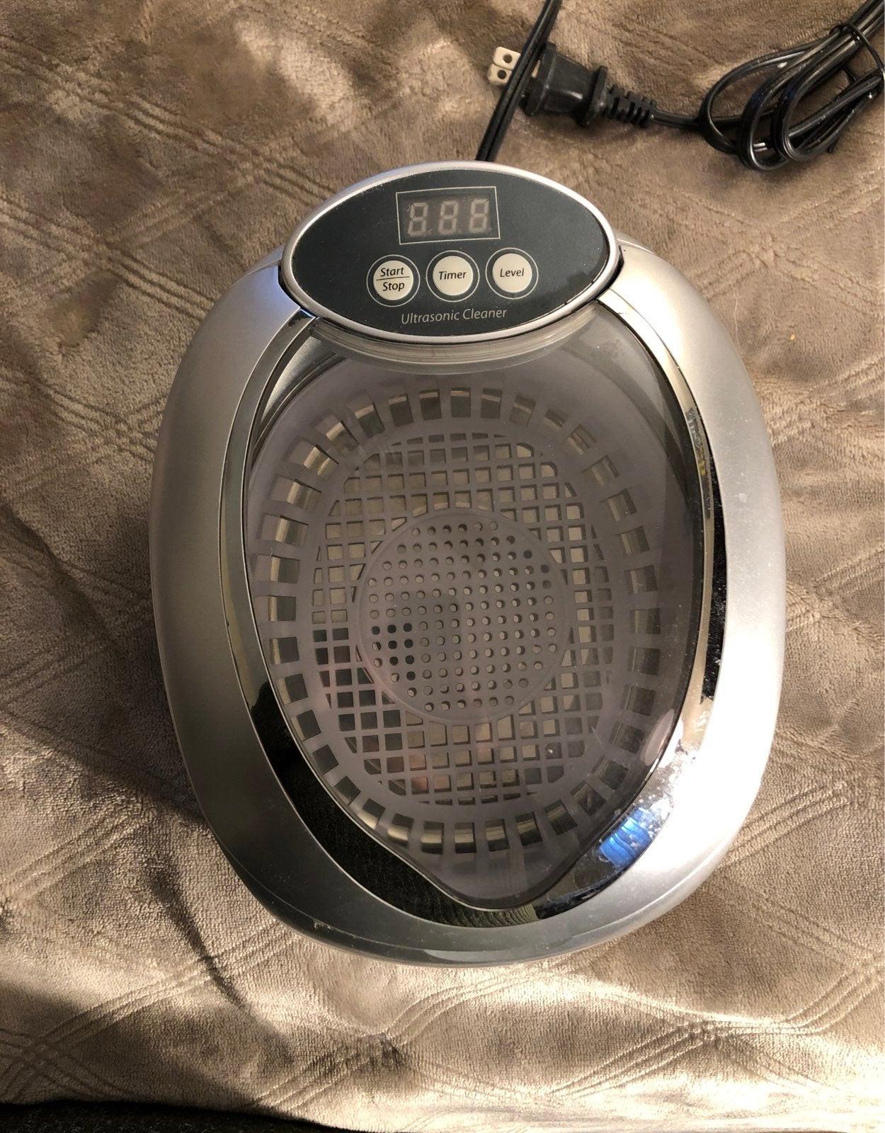 Brookstone ultrasonic jewerly cleaner