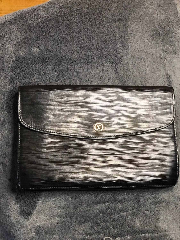 Louis Vuitton Epi Montaigne Clutch
