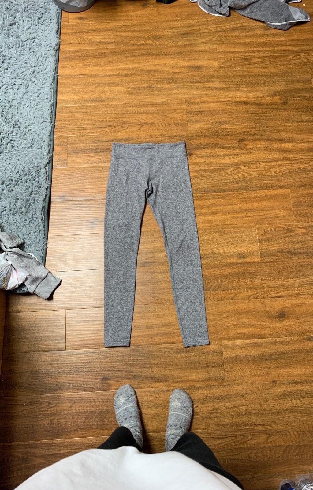 Ivivva leggings, size 14 kids, 2-4 lulu