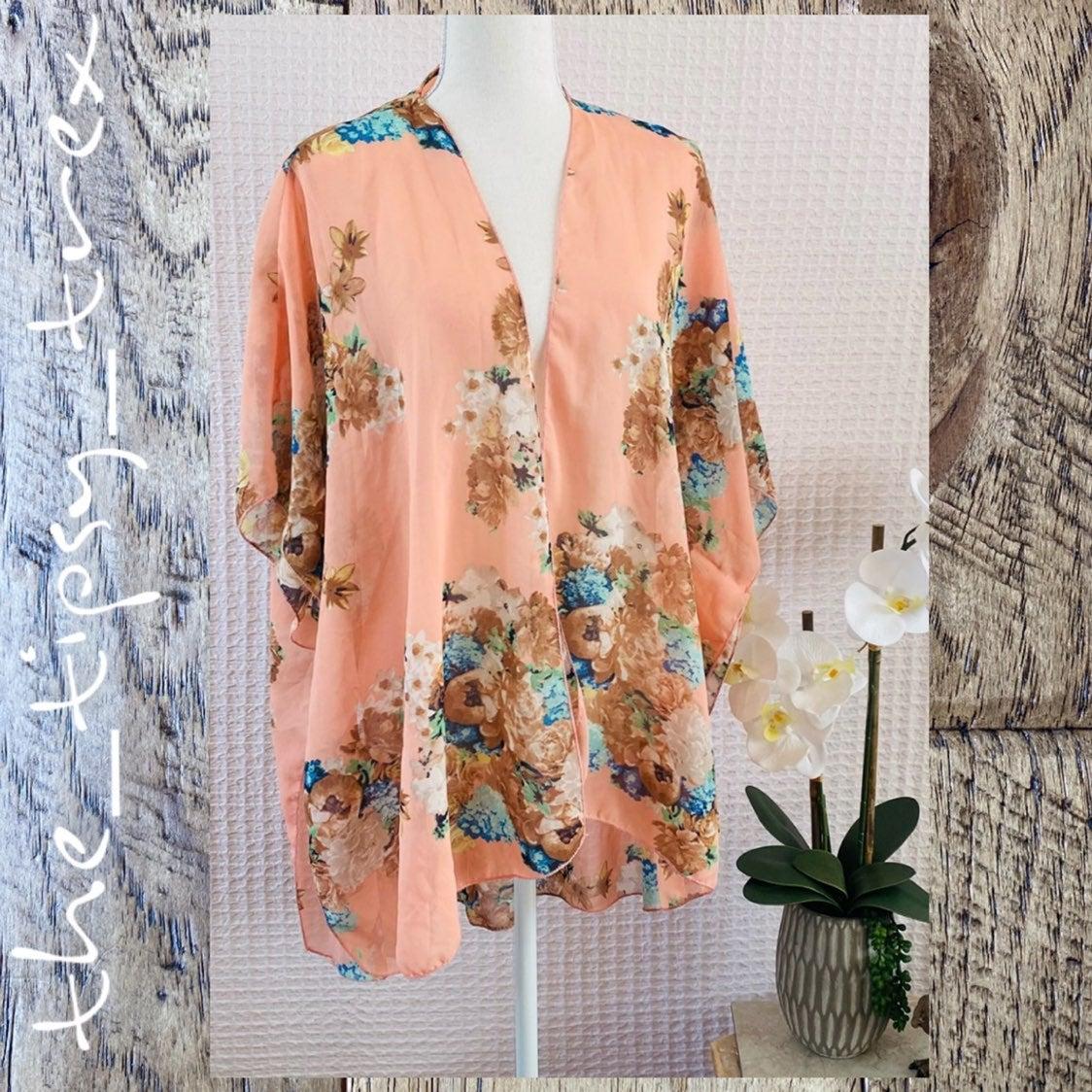 Live 4 Truth Floral Kimono XL