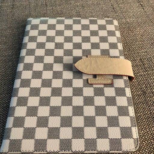 Checkered ipad case