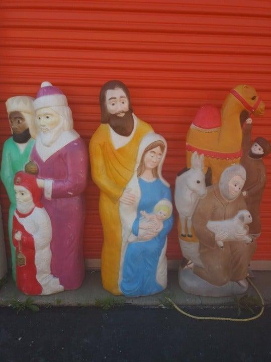 Featherstone Nativity Blow Molds (3 Pcs)