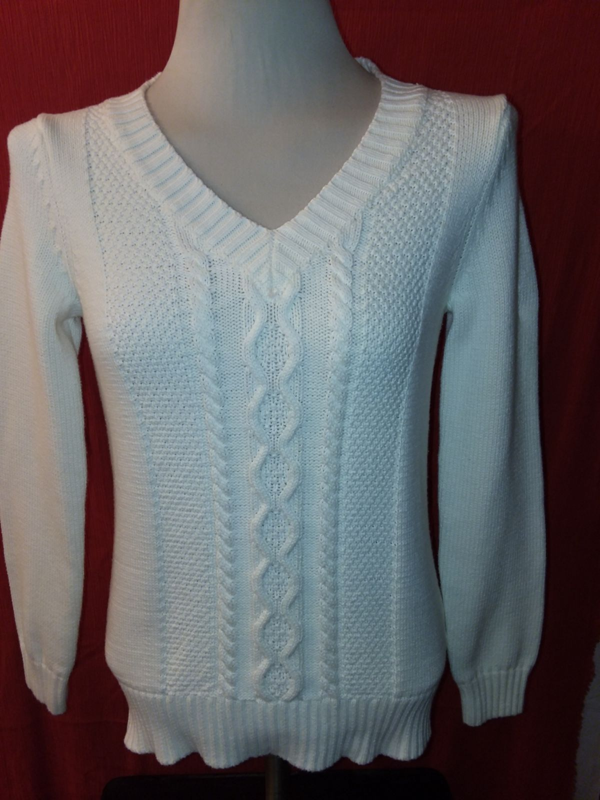 BASS Womens Ivory Long Sleeve  Sweater