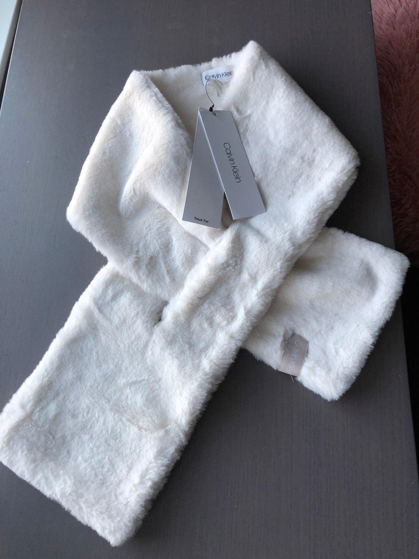 Calvin Klein luxurious faux fur scarf