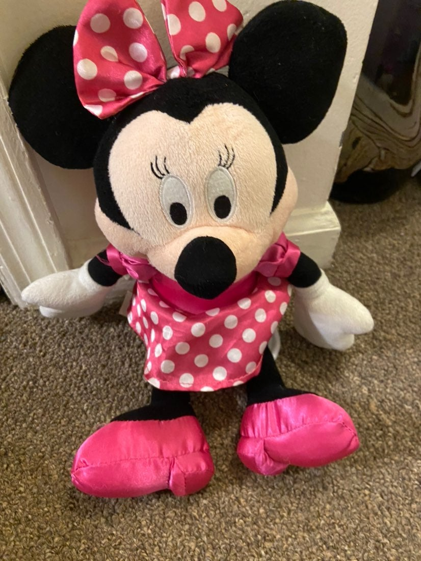 Talking Minnie Mouse doll