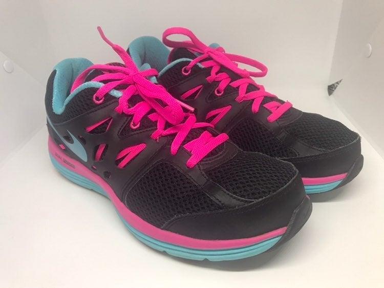 Nike Dual FusionLite Women's SZ 9 Sneaks