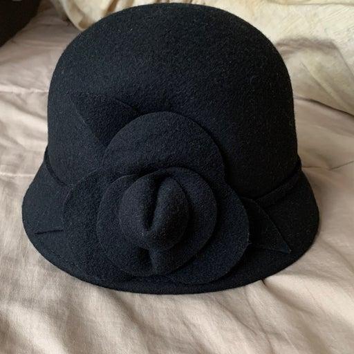 Croft and barrow wool hat