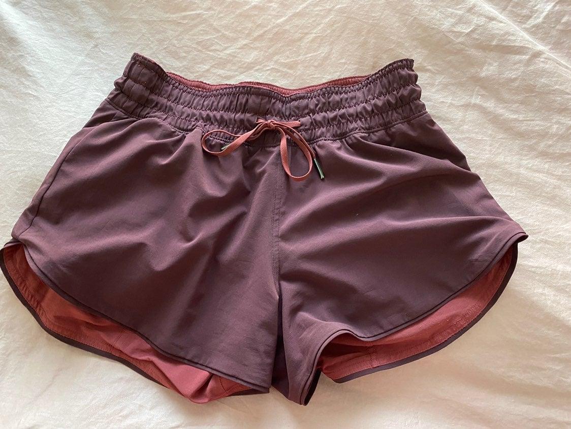 Choose a side shorts cassis/chianti sz 4