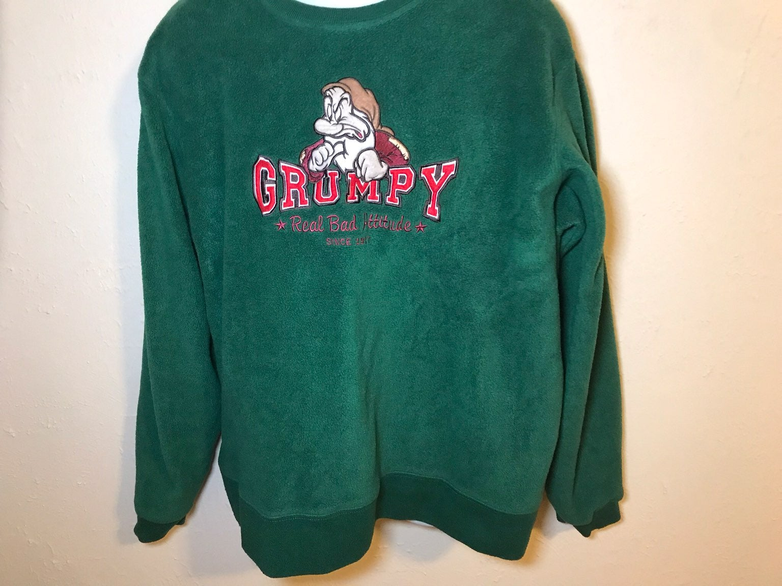 Disney Grumpy Fleece Sweatshirt Men's XL