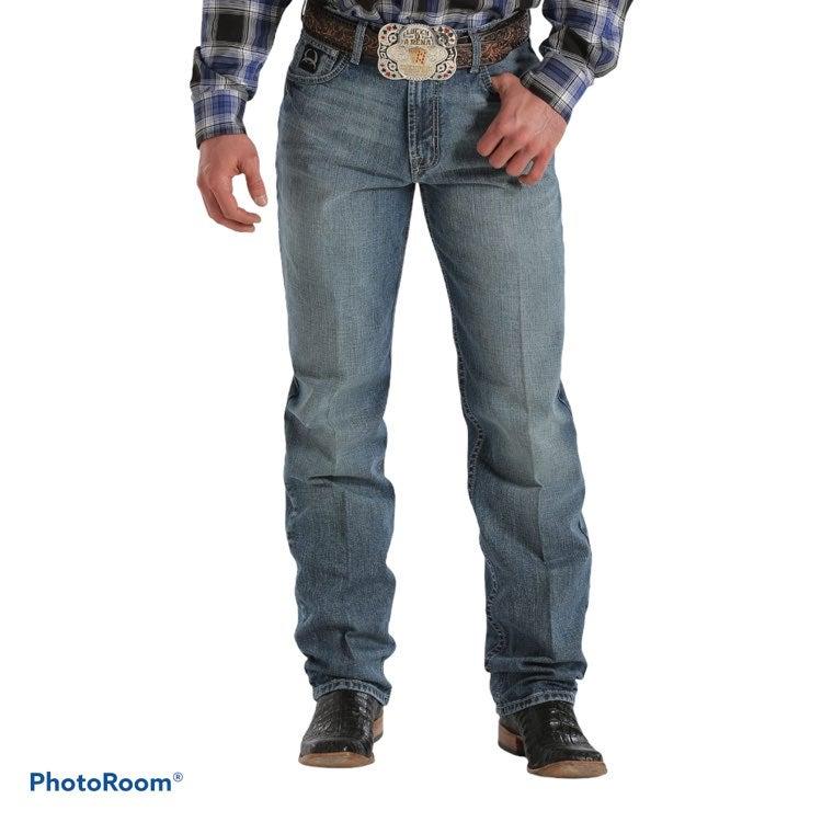 CINCH Black Label Loose Blue Jeans 42x32