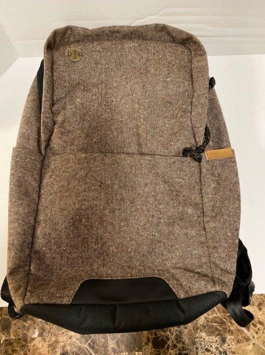 Focused Backpack Built In Tablet packet