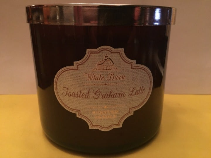 Bath & Body Works Toasted Graham Candle