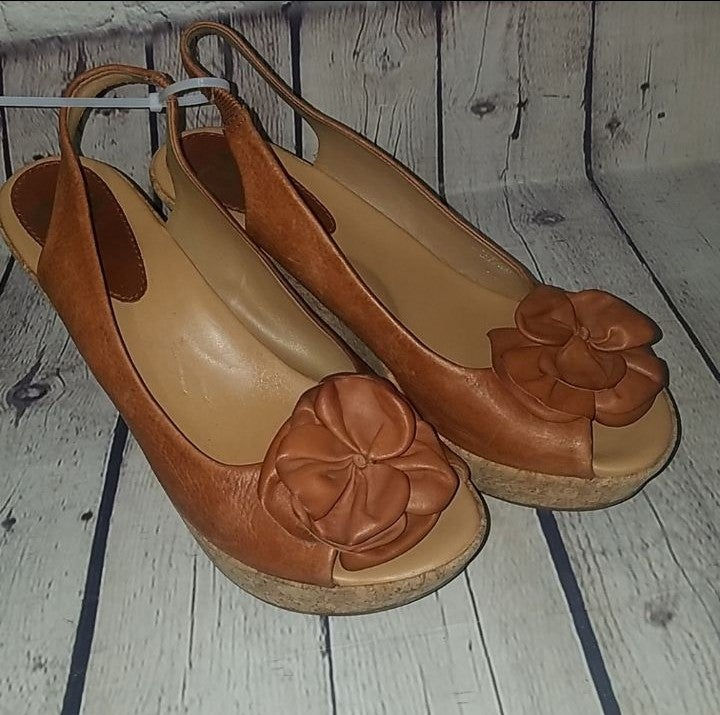 Wore ONCE GIANNI BINI sandals, sz 8