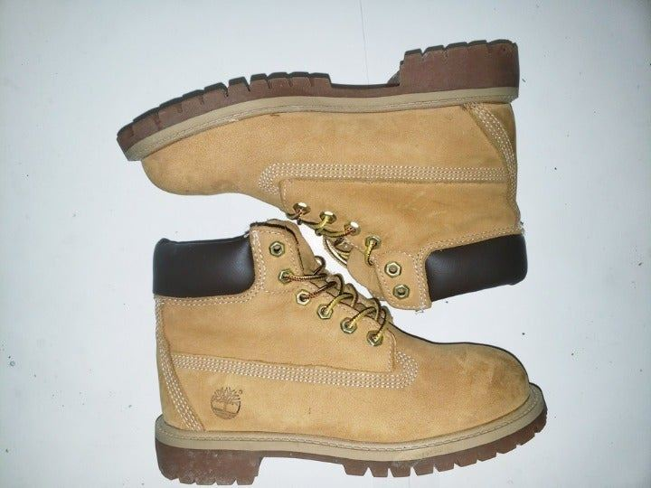 TIMBERLAND 6 Inch Waterproof Boots Sz 2
