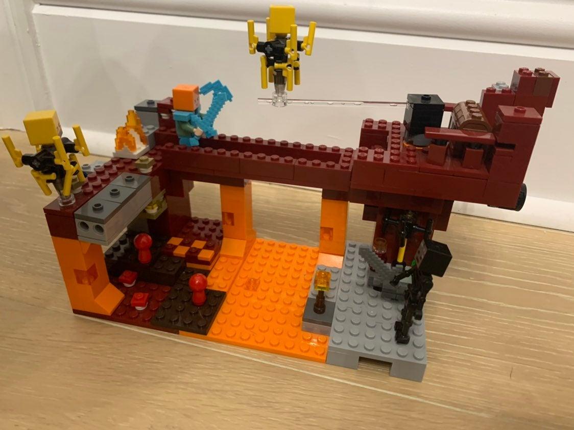 LEGO Minecraft:  The Blaze Bridge