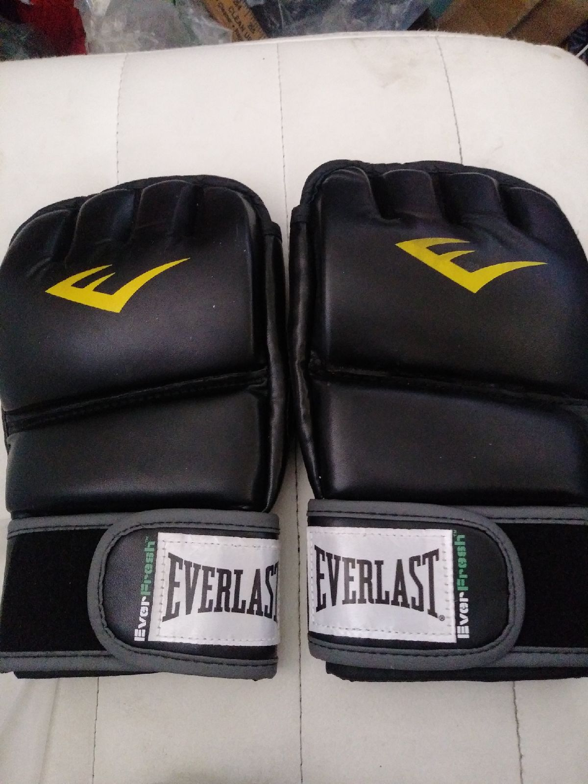 Everlast mma Workout Gloves sz xl