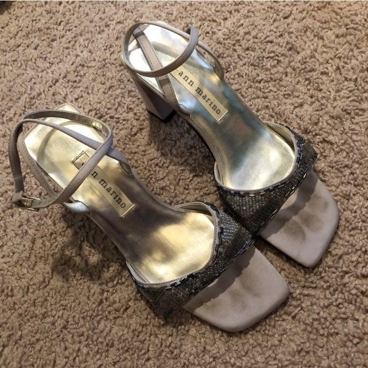 Ann marino silver Heels sandals 5.5
