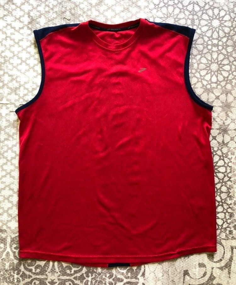 Brooks running sleeveless shirt