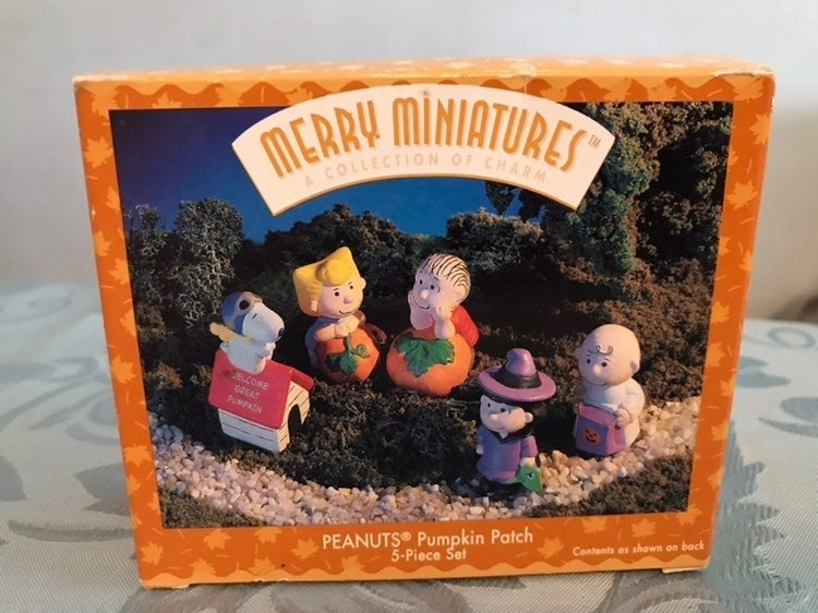 Merry Miniatures Halloween Peanuts