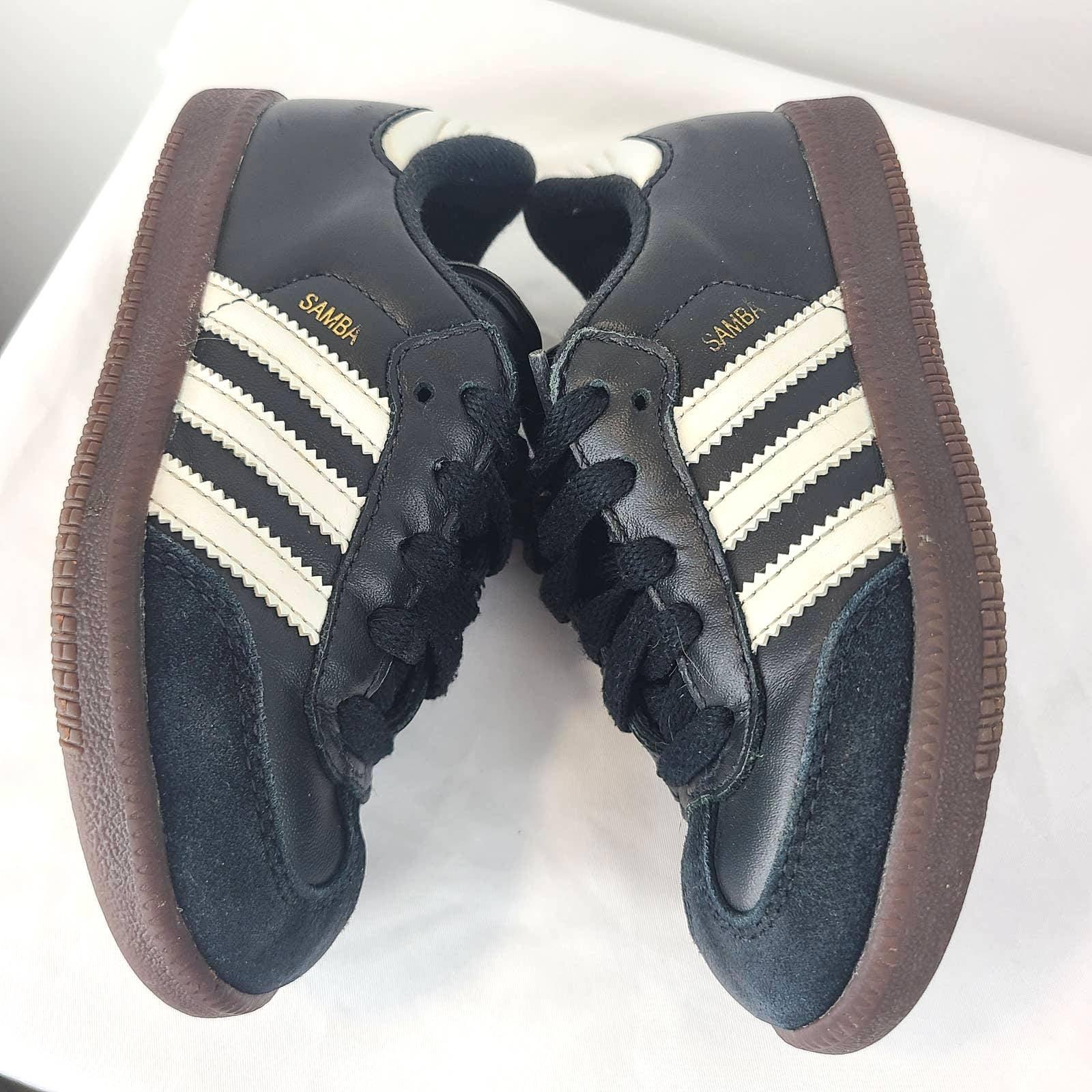 Adidas Kids' Samba Classic Soccer Shoe