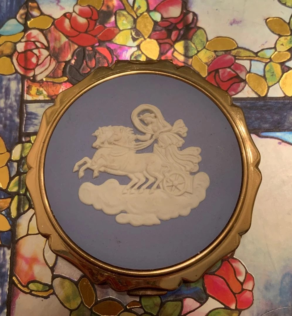 Blue Wedgwood Stratton England Compact