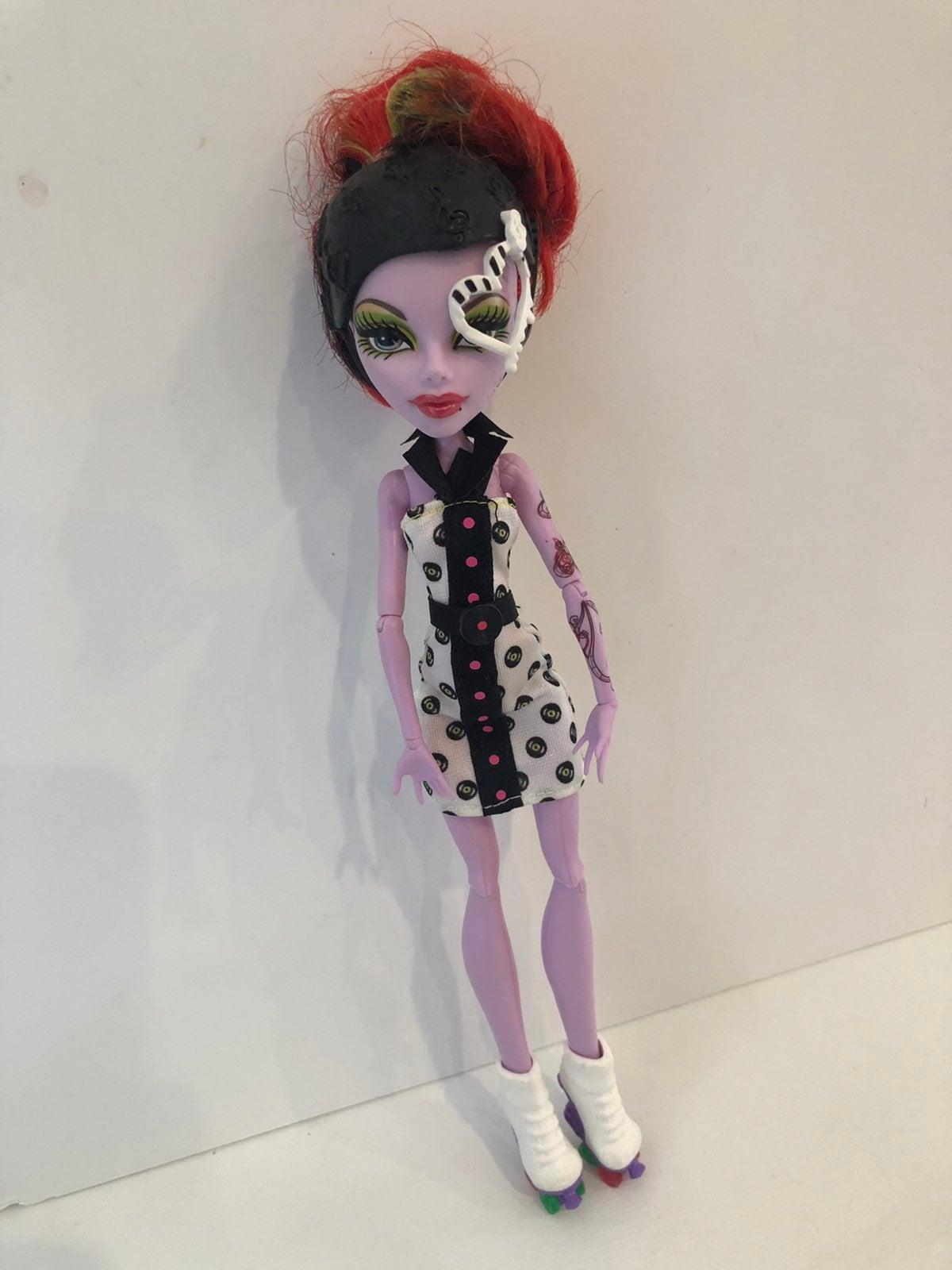 Operetta Roller Skate Monster High Doll