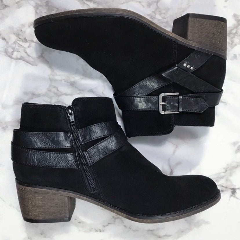 Sonoma Women's Black Suede Ankle Booties
