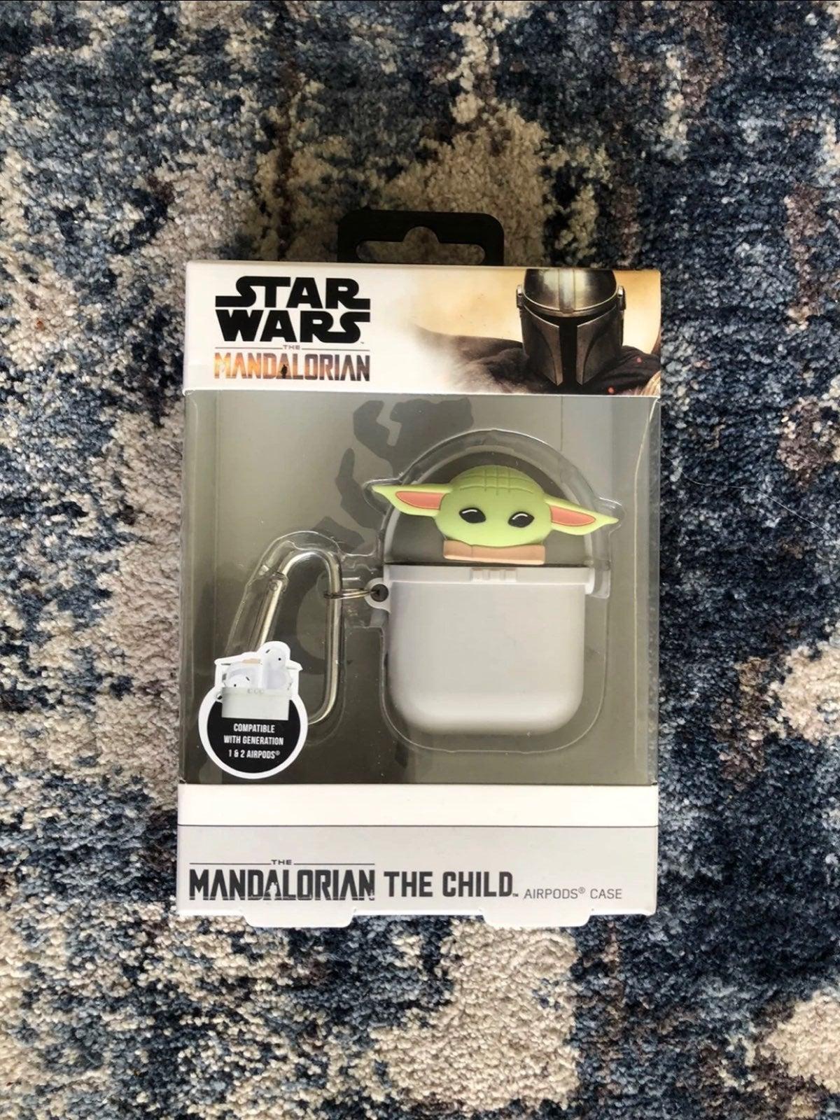Star Wars The Mandalorian airpod case