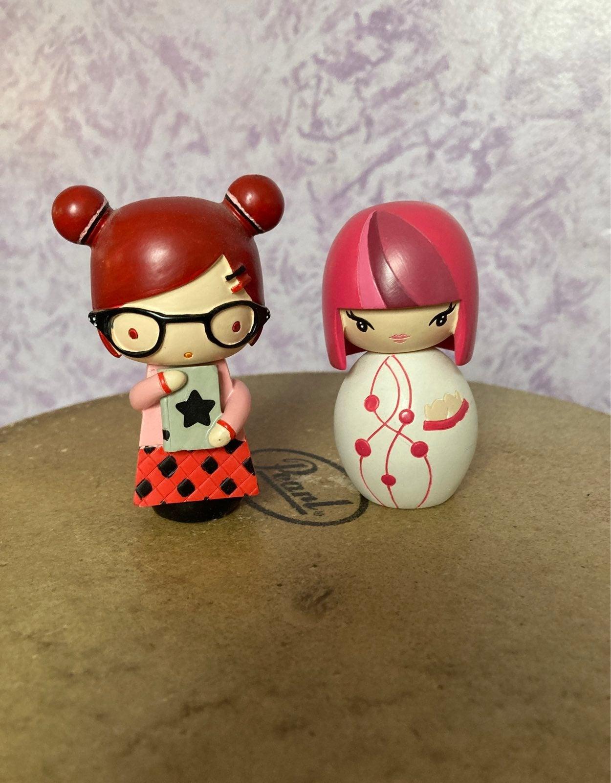 Momiji figurine Lot of 2