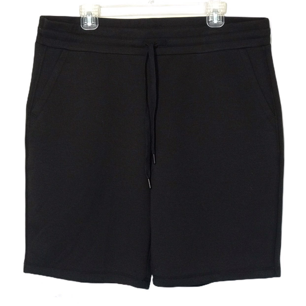 32 Degrees Tech Black Stormy Night Short