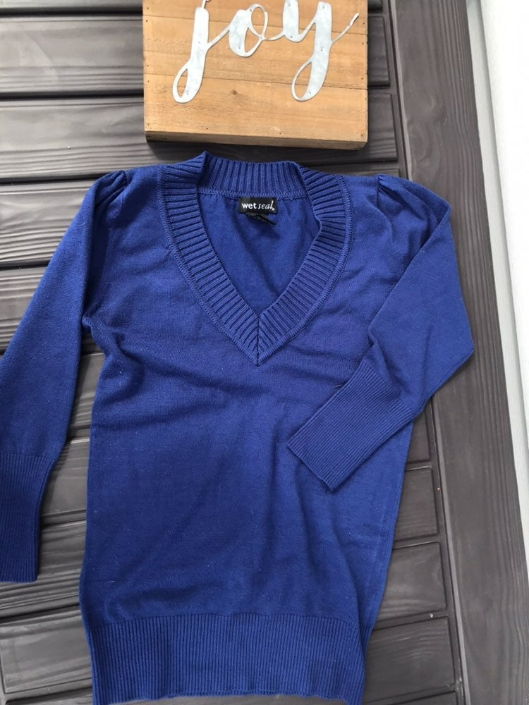 Wet Seal Women's Blue V neck Sweater Sz