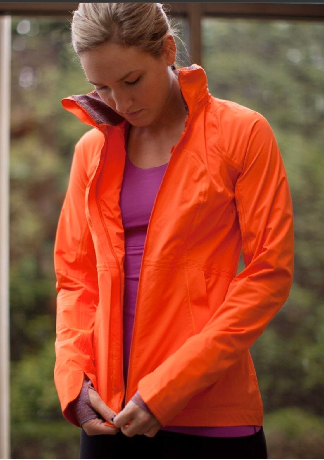 Lululemon Run in the Rain Jacket Size 2