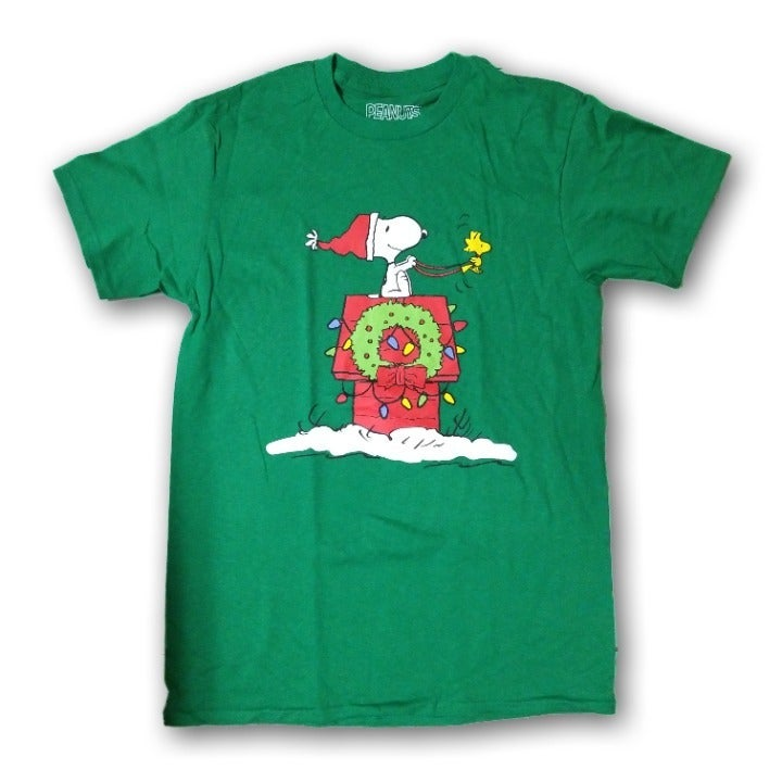 Snoopy Christmas Men's Tshirt Size XL