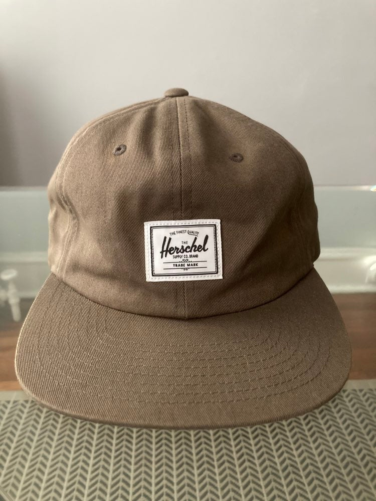 Herschel adjustable hat