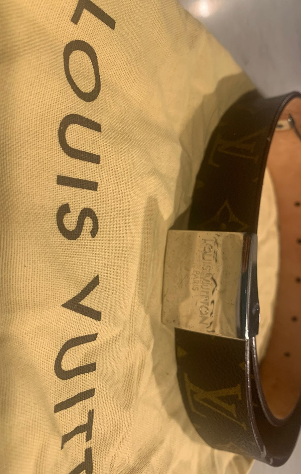 Louis Vuitton ladies belt 1 1/4 inch