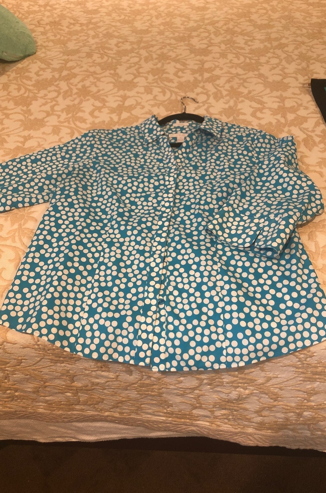 Chicos Size 2 cotton shirt