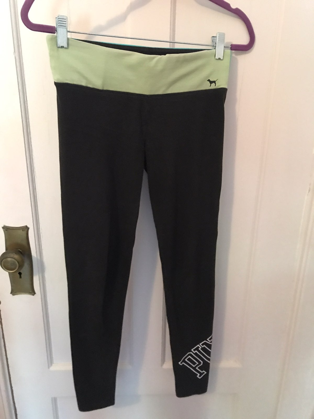 Yoga leggings by Pink, xs