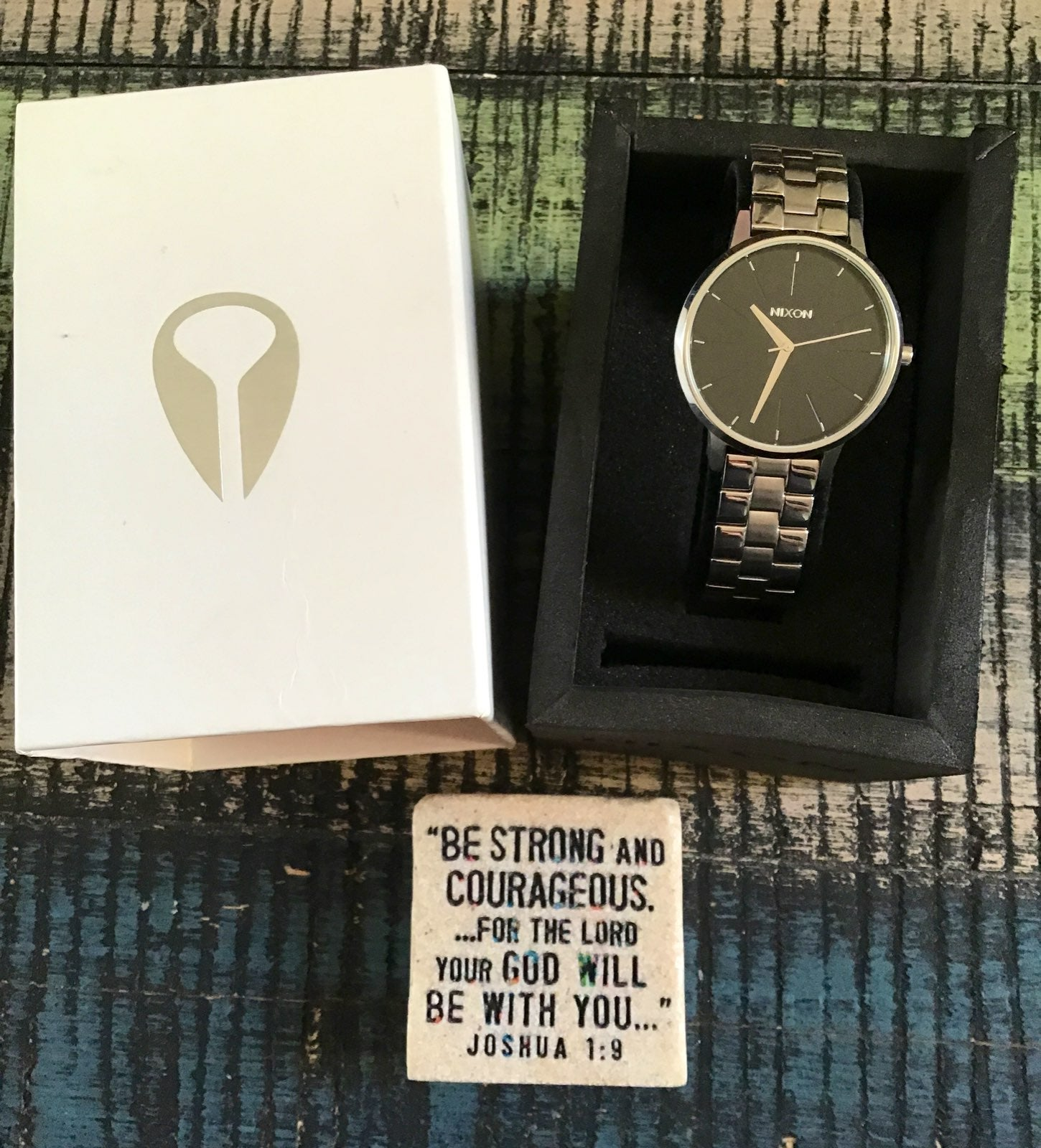 Awesome Nixon The Kensington Watch