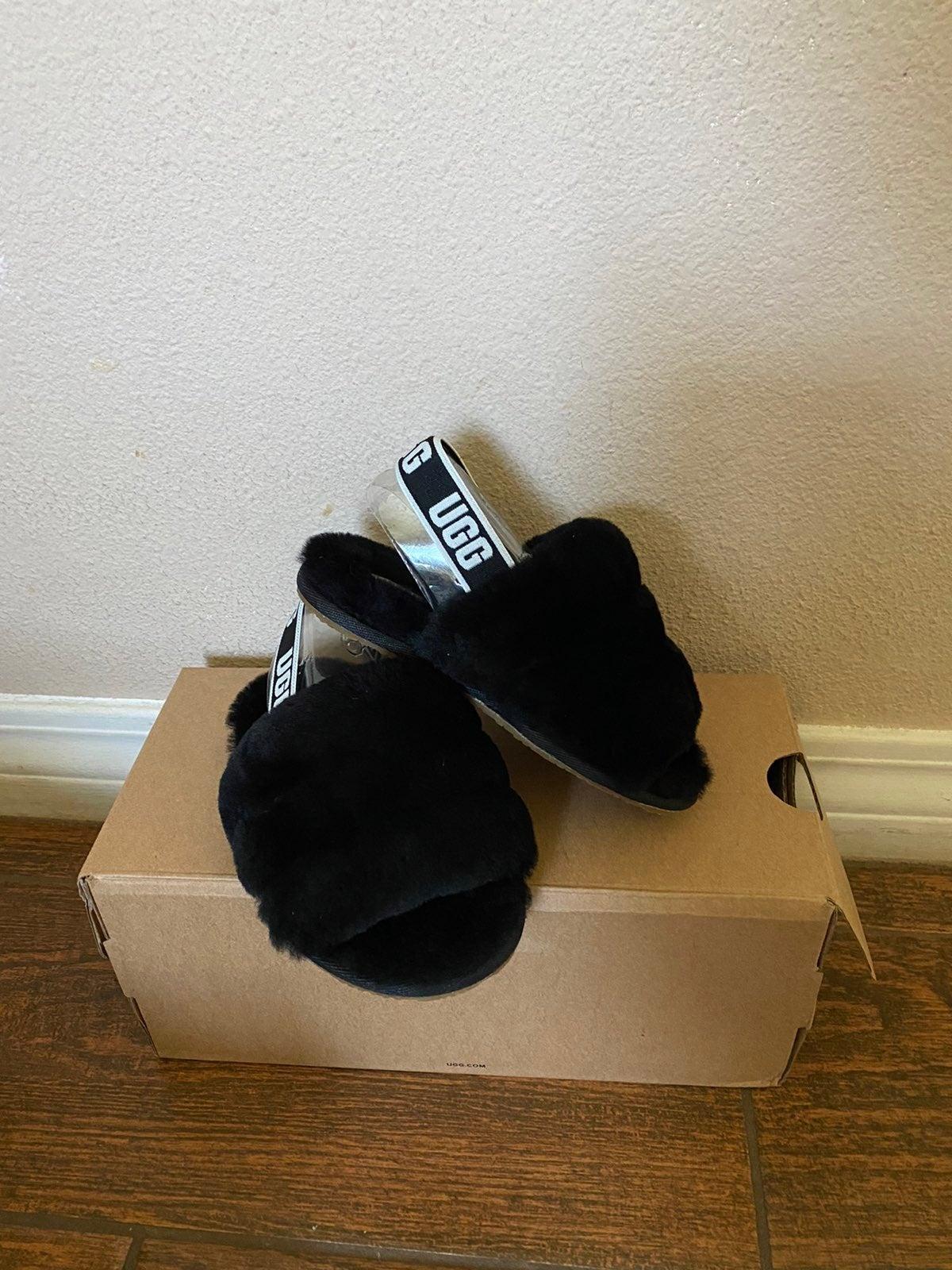 ugg sandals kid