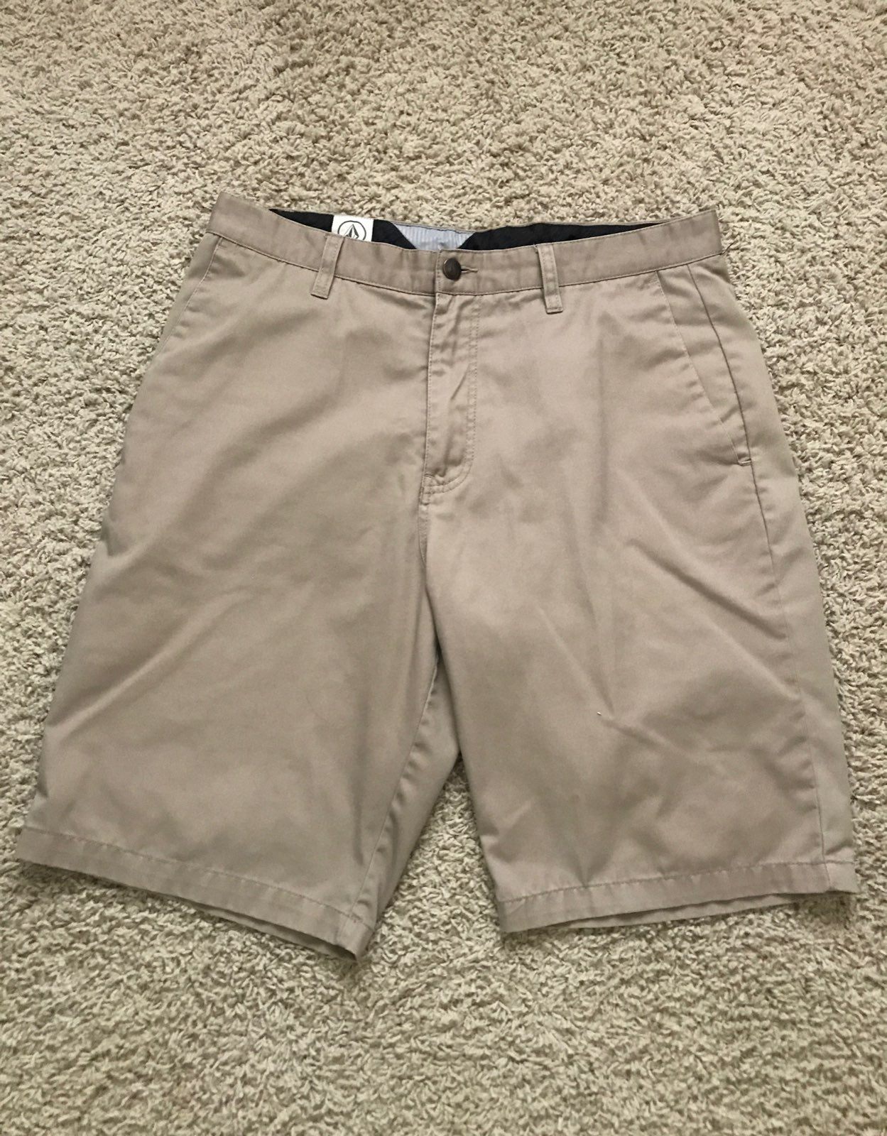 Volcom Mens Khaki Shorts (32)