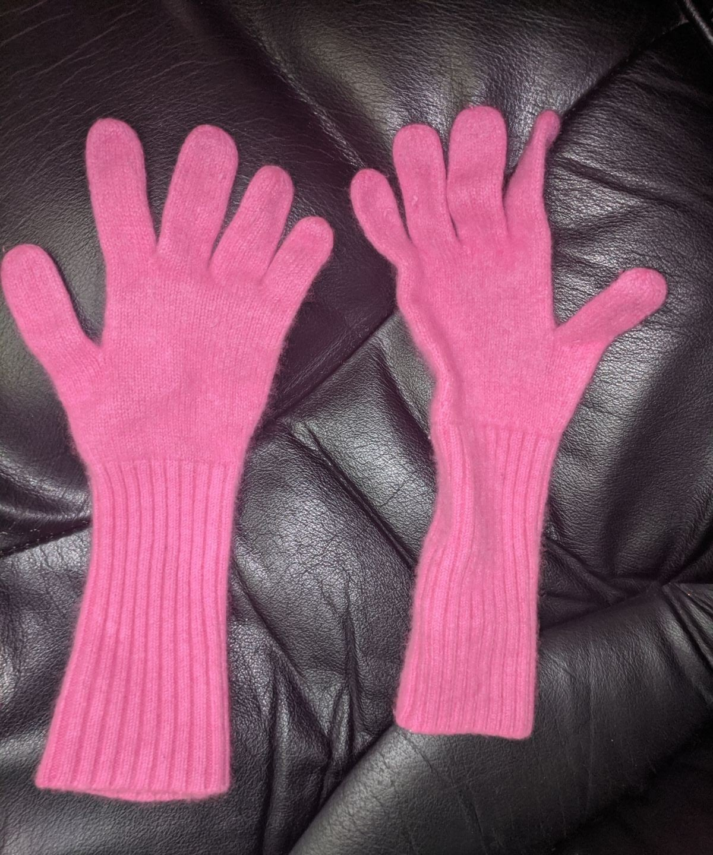 J Crew cashmere blend pink gloves