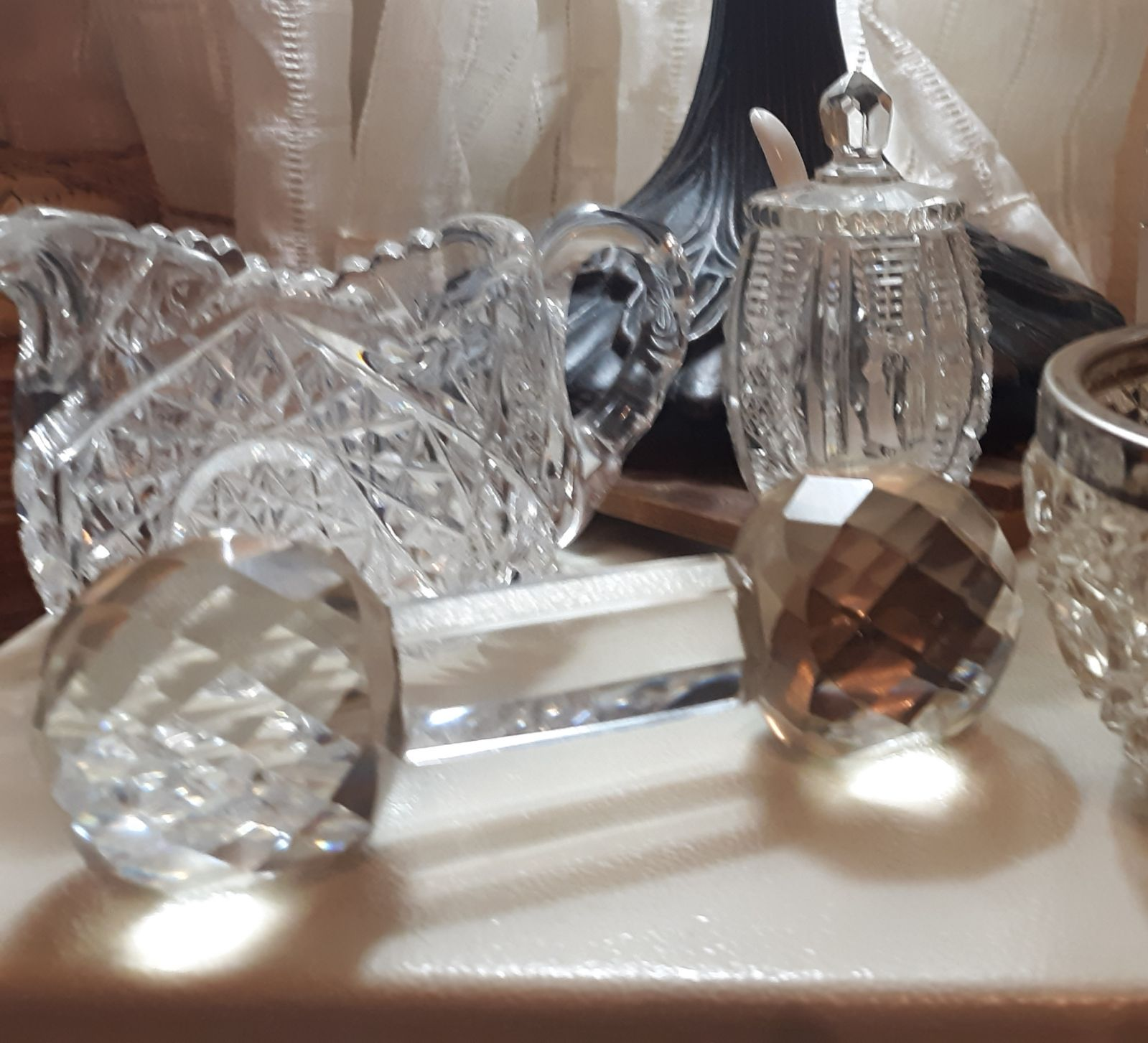 Lot of crystal stemware, tea service acc