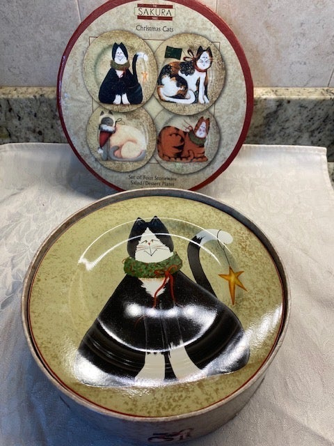 Christmas cat salad or dessert plates vi
