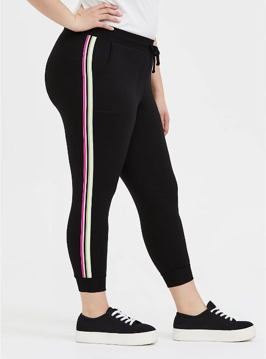 Torrid Active Jogger Crop Pocket Black 4