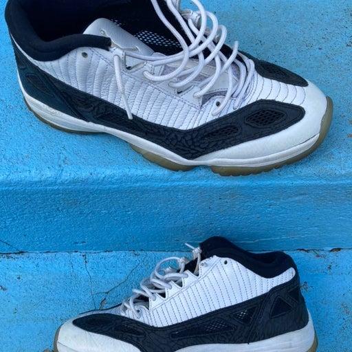 Nike Jordan 11
